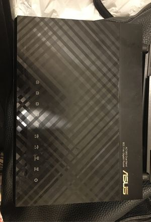ASUS RT-AC68P AC1900 DUAL BAND ROUTER for Sale in Las Vegas, NV