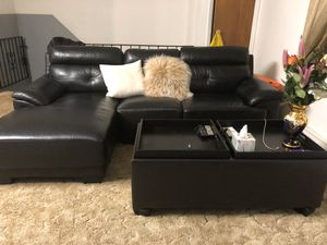 Couch and coffee table for Sale in Queens, NY