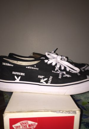 Supreme X playboy bunny vans size 9.5 me for Sale in Watervliet, NY