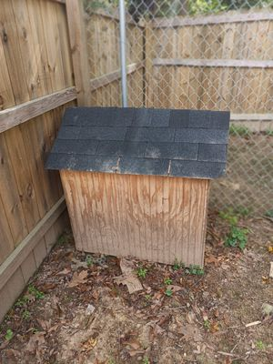Dog house for sale for Sale in Covington, GA