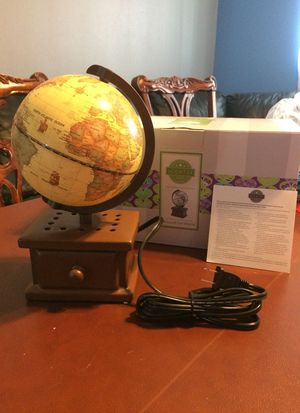 Scentsy around the world warmer for Sale in Las Vegas, NV