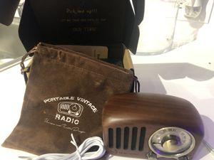 Vintage speaker radio for Sale in West Palm Beach, FL