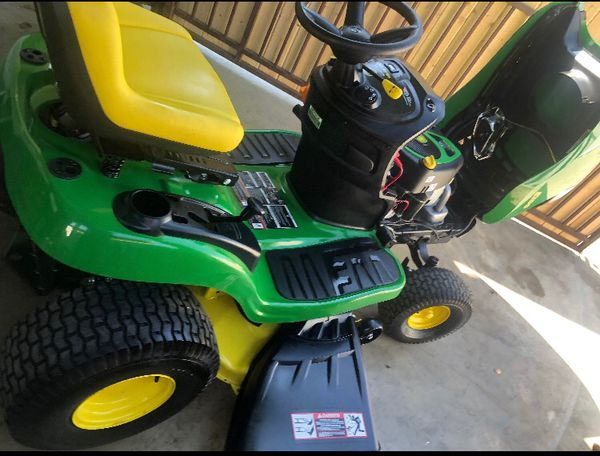 • John Deere E100 42 in. 17.5 HP Gas Automatic Lawn Tractor