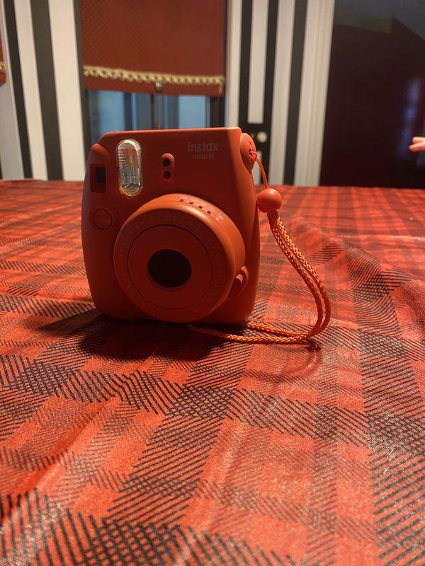 Fiji Instax Mini 8 Polaroid Camera