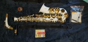 White Saxophone Gold Trim for Sale in City of Industry, CA