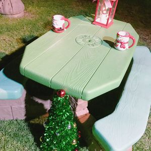 Kids Picnic Table for Sale in Montclair, CA