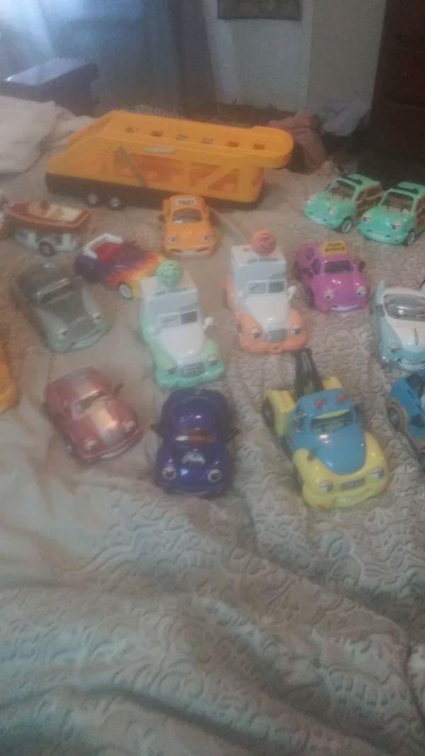 Chevron collectable toys