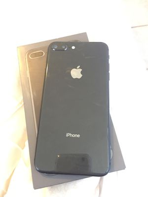 iPhone 8 Plus for Sale in Canyon Lake, CA