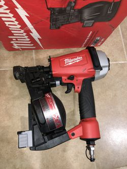 Milwaukee 1 1/8 Sds Plus Rotary Hammer for Sale in Dallas, TX