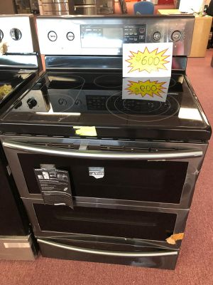Electric stove brand new for Sale in Oakland Park, FL