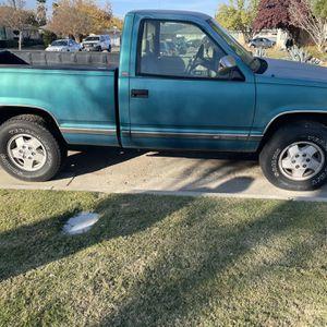 Chevy Silverado for Sale in Clovis, CA