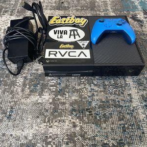 Xbox one, Controller, 4k HDMI for Sale in Boca Raton, FL