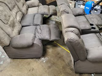 Reclining Sofa/loveseat for Sale in Portland,  OR