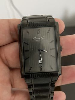 Kenneth Cole Watch For Men for Sale in Wenatchee,  WA