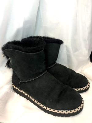 UGG Black Mini Bailey Bow 78 Anniversary Boot Womens Size 7 Polka Dot for Sale in Fort Worth, TX