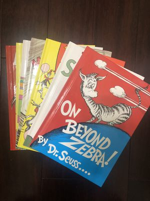 Perfect Condition Collection of Dr.Seuss Collectibles (Lot of 7) for Sale in FL, US