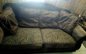 Beautiful couch!! for Sale in Ballinger, TX