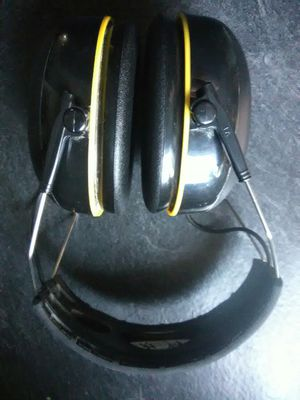 3m Ear Protection + Built-in Bluetooth Headphones for Sale in Layton, UT