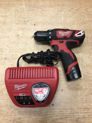 Milwaukee 2407-22 M12 3/8 Drill Driver Kit ...... for Sale in Baltimore, MD