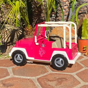 """American Girl 18"""" Pink Jeep for Sale in Escondido, CA"""