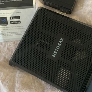 NETGEAR Nighthawk AC1900 WiFi Cable Modem Router for Sale in San Jose, CA