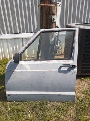88 jeep Comanche driver door for Sale in Searcy, AR