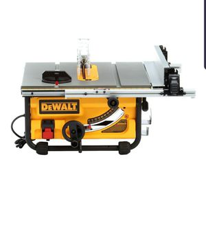 DEWALT 15 Amp 10 in. Compact Job Site Table Saw for Sale in Tucson, AZ