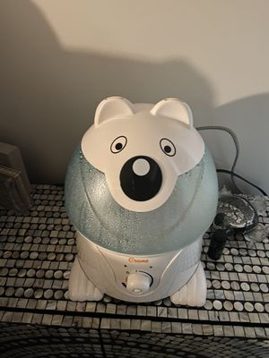 Crane Bear Humidifier for Sale in Queens, NY