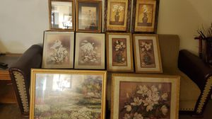 Nice Pictures/ Wall decor sets for Sale in Fresno, CA