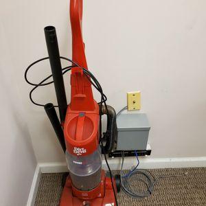 Dirt Devil Vacuum Cleaner for Sale in New Brunswick, NJ