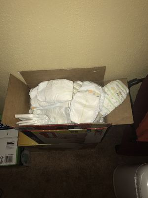 Huggies size 1 , supreme size 2 and, mix math of size 1 and 2 for Sale in Elkin, NC