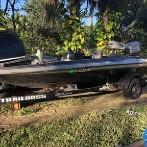 Cajun Adventure 150 Bass boat With Mariner 50 Motor for Sale in Fort Lauderdale, FL