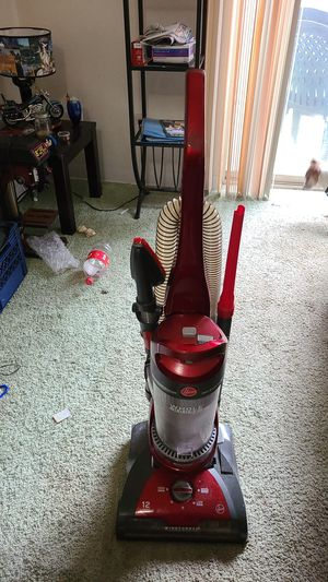 Hoover bagless vacuum for Sale in Portland, OR