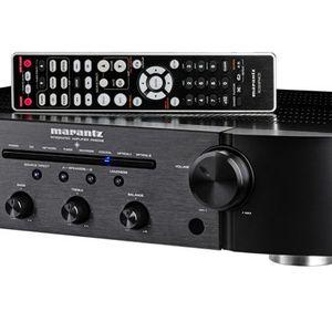 AWESOME AMP Marantz PM6006 for Sale in Phoenix, AZ