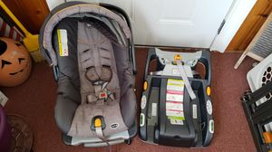 Baby car seat and extra base for Sale in Hamilton Township, NJ