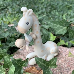 Precious Moments Collection Figurine for Sale in Thornton, CO