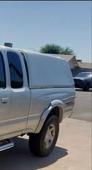 03 Toyota tacoma extcab camper shell for Sale in Chandler, AZ