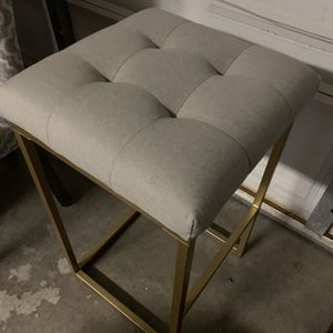 Used Bar Stool Gray Fabric Seat And Golden Leg for Sale in Las Vegas, NV