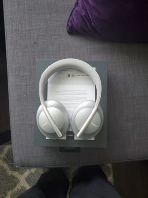 BOSE 700 NOISE CANCELING HEADPHONES! for Sale in Lacey, WA