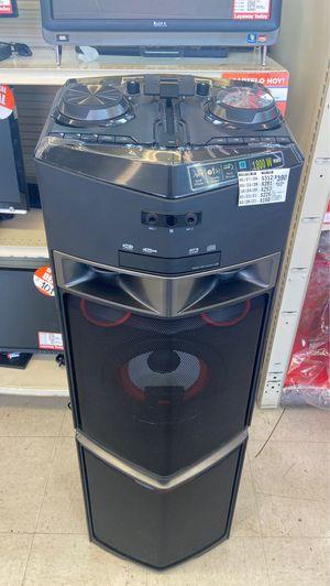 Floor speaker for Sale in McAllen, TX