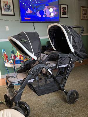 Double stroller for Sale in Williamston, SC