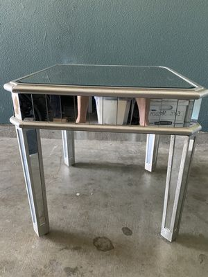 Glass end table for Sale in Winchester, CA