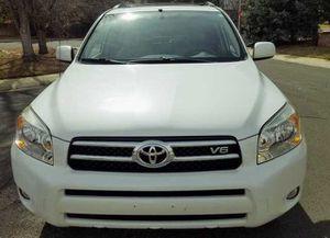 Fully Loaded Toyota Rav4 Clean Inside for Sale in Atlanta, GA