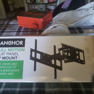 Anchor Tilt Swivel and Pull forward Mount for a Flat screen TV up to 70inches for Sale in North Chesterfield, VA