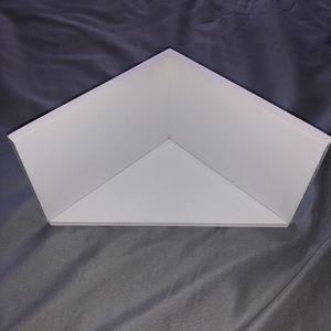 Wall Corner Shelves (2) for Sale in Tallahassee, FL