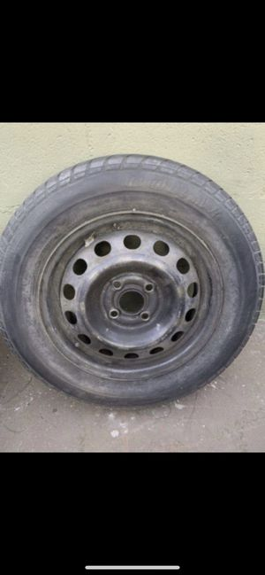 One Doral tire P185/65 R14 for Sale in Los Angeles, CA