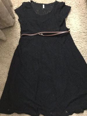Pink blush maternity dress - M for Sale in Hayward, CA