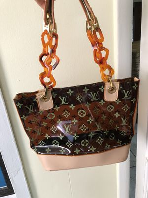 Beautiful see through purse for Sale in Palm Springs, FL