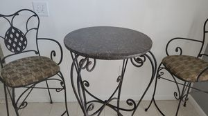 Table and chairs for Sale in Melbourne, FL