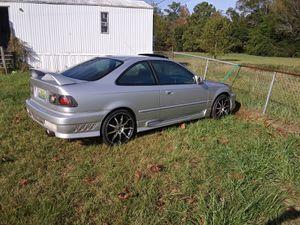 2000 Honda civic 5 speed selling for parts no tiltal moter is knocking for Sale in Prattville, AL